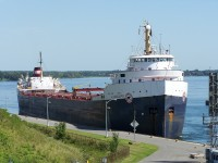 The Algocape prepairs to negotiate the Iroqouis Locks.