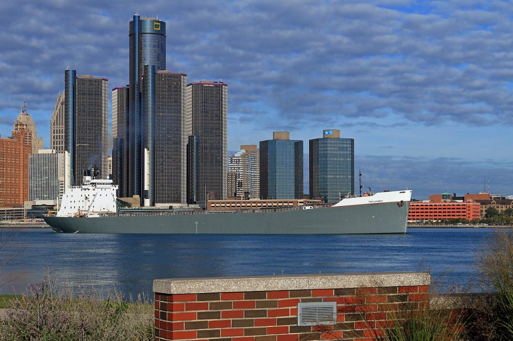 With GM's World Headquarters in Detroit providing the backdrop, LLT's freshly painted Tecumseh is upbound for Thunder Bay to load grain.